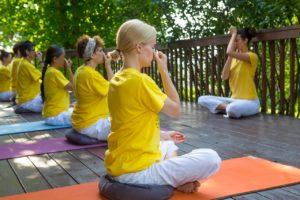 sivananda yoga studio de yoga yhom marseille 13001